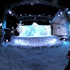 やって来ました北海道!目的はもちろん雪ミクさん!! ライブも雪像もめちゃめちゃ楽しかったよー!! #SNOWMIKU2019 #雪ミク #雪まつり #miku360 #theta360