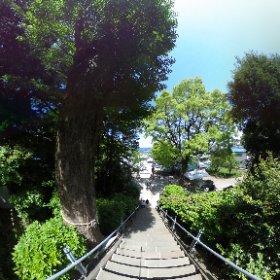 念願の走水神社でシータ。 房総が近い!