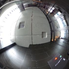 熱海ホテル 大浴槽 6.6m x 12.6m(タイル貼り済み)インフィニティー大浴槽。 #theta360