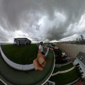 トンレサップ河で豪雨の境界が見えまシータΘ #theta360