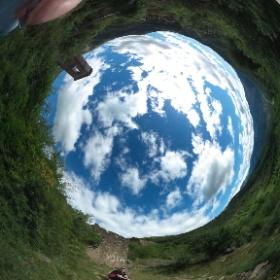 Vista rodona des de Yosa, un poblet desabitat del Pirineu Aragonès. #theta360