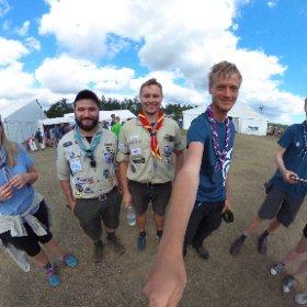 Brittiska och tyska scouter på #Jamboree17 #theta360