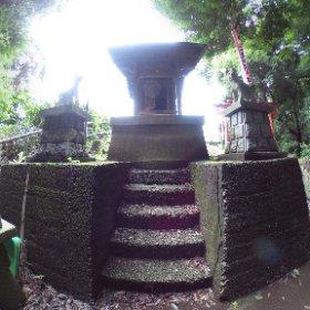 嬬恋稲荷(横浜市保土ケ谷区川島町)。 #theta360