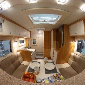 Das ist die Nordstar Camp 6 S SE Wohnkabine- Modell 2018. Alle Infos zur Absetzkabine findet Ihr auf www.nordstar.de #theta360 #theta360de