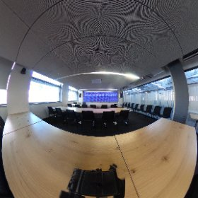 Large Conference Room/Classroom