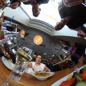 Taas syömässä...  #theta360