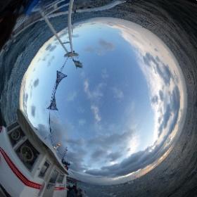 いかなご漁-網船が二方向に離れて 網の口を広げる様子 #大阪湾 #幸内水産 #いかなご