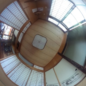恩納村ペンション1階の和室です。小さな子供も安心して遊べます♪ http://marui-pension.com/