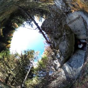 """Bunker """"de le Mitralie"""" al Parco della Memoria di Pian dei Buoi - Lozzo di Cadore Dolomiti  #theta360 #theta360it"""