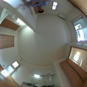 世田谷区奥沢にあります「クロノスⅠ」のワンルームアパートです。築浅で設備も真新しく社会人の一人暮らしに最適。自由が丘駅徒歩圏内です。物件詳細はこちらhttp://www.futabafudousan.com/bukken/g/syousai/565dat.html #theta360
