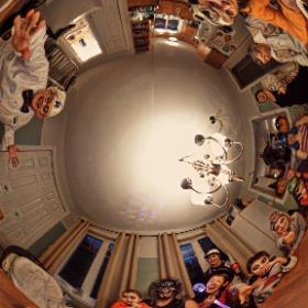 Halloween 2017 chez Simon cam theta s 360° filtre PRISMA Halloween #momiji3d