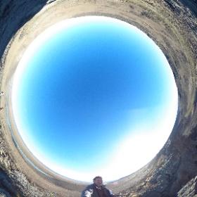 FOTO 360 En el Cañadón Yaten Guajén, el Basalt Glen de Darwin. Siguiendo el Viaje a la Patagonia Austral del Perito Moreno, 1877