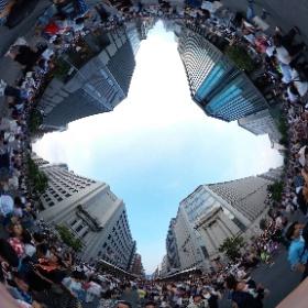 ちょうど歩行者天国始まったところだった #祇園祭 #theta360