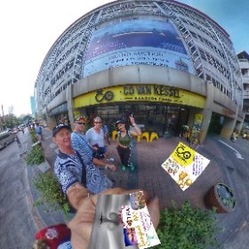 360 spherical Nov 2018 bicycle tour Bangkok old city, Chinatown, Talad Noi, Klong San, no hill lots of thrills pics n videos in SM hub https://goo.gl/PVS5V3 BEST HASHTAGS  #BkkBikeTours   #BkkMostPopularTours  #Butterfly3d #theta360