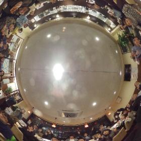 多摩地域でコミュニティビジネスとかしてる人々とかが集まる年1回のシンポジウムが開催されて、なんだか多摩地域ってホント面白いなと思う二次会。 #多摩CB #theta360