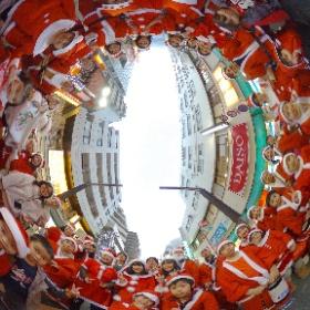サンタがいっぱいいた!! #Mマルシェ #三鷹たのしー #みたか連 #阿波踊り #theta360