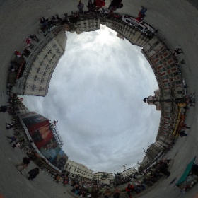Puerta del Sol, Madrid, España. #theta360