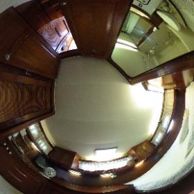 38' Gulfstar Master Stateroom #theta360