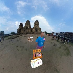 Phra Prang Sam Yod is a 13th century temple, known as the Monkey temple in Lopburi, sooo many and so clever,  SM hub https://goo.gl/2eZbc4 BEST HASHTAGS #PhraPrangSamYod   #TempleThailand   #TourZoneLopburi  #Thailand #butterfly3d