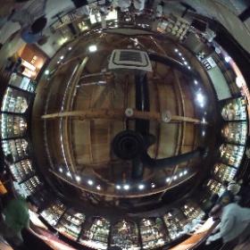 ウィスキー、ウィスキー、ウィスキー。 三方向全部ウィスキー‼︎ 余市ニッカ博物館。