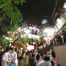 蘇る台湾4 九份は「千と千尋の神隠し」の舞台じゃないか?と言われている。 大雨でびしょ濡れw #台湾旅行 #九份 #台北 #台湾茶 #阿妹茶鮭館 #theta360