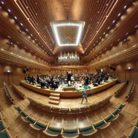 【いよいよ11/29❣️❣️❣️】 #初音ミクシンフォニー 東京公演リハーサル中です‼️ 東京フィルハーモニー交響楽団のすばらしい演奏が皆さまをお待ちしております♬🤣✨  #miku360 #theta360