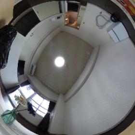 アカディームの部屋の360度画像です。