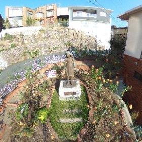 11月3日 アンネのバラ開花状況 開花中です。 4日は出張のため資料館は休館させて頂きますが、アンネの庭はご覧いただけます。 #theta360