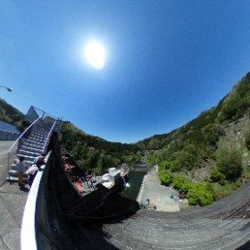 三河湖 羽布ダム ツーリング日和ですね♪ 次は四谷千枚田に向かいます。 #theta360