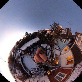 Here's a 360 degree version of my early-morning,  -5 degrees, shoot. More carolynblackart.com #severn #theta360 #theta360uk