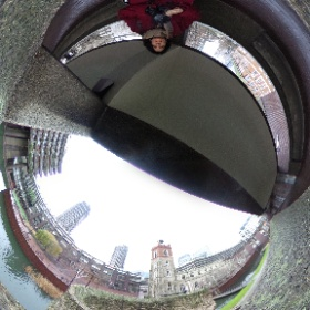 En route to the Vulgar Fashion exhibition at the #Barbican in #London #UK - a mixture of old and new. Great exhibit! I may go again. #theta360