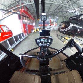 Helikopter Robinson R22 Cockpit www.helikopterflug.ch