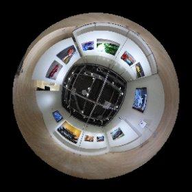 悠佑 作品展「-車真- 今を生きる車たち」 • ソニーストア札幌 内 α plaza ギャラリー #theta360