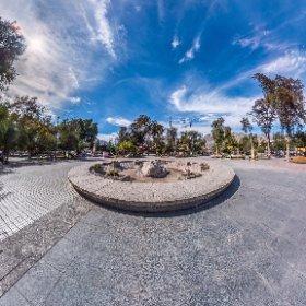 Escultura Gabriela Mistral, Plaza de Vicuña. IV Región de Chile.