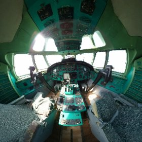 TU-134A-3 Cockpit