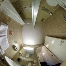 Zimmer 411, Badezimmer im Astoria Hotel Stuttgart #enjoystuttgart #theta360