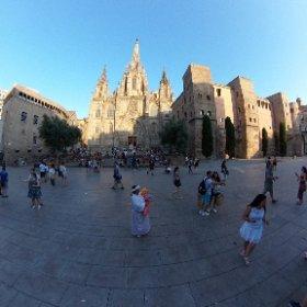 Catedral de Barcelona #ufo3d #theta360