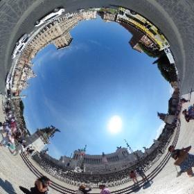 #イタリア #ヴェネツィア広場