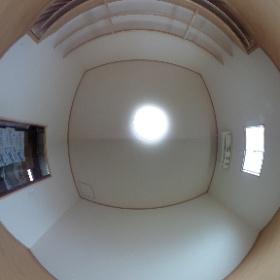 アフター 正義の味方 べんりMAN出動しました! 「はなれに倉庫があるんじゃけどね、そこにお気に入りの『椿』の部屋を作りたいんじゃけどね~ え~の作ってくれんかいね~ (困)」ご依頼 倉庫リフォーム 床、壁、天井、玄関、オーダーメイド棚工事  (生口島 超上得意 H様邸)