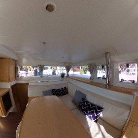 2012 Lagoon 400 Owners Version Catamaran FIELD TRIP - Salon