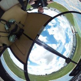 Alguns trabalhos são inusitados mesmo. Veja como é o interior de um Helicoptero de treinamento #GoogleBusinessView #3603D #minashelicopteros #theta360