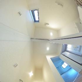 ルピナスさくら 201号室 階段