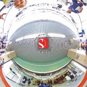 2016 Abu Dhabi Grand Prix - Marcus Ericsson Takes A 360° Selfie With His Race Car - Sauber F1 Team