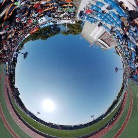 サッカー観戦シータシリーズ。 湘南BMWスタジアム平塚のバックスタンドからシータ! めちゃ好天。 #スタジアム #jリーグ #theta360