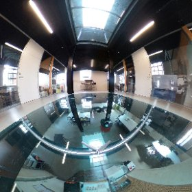 Glass floor in the Spinderihallerne. #theta360