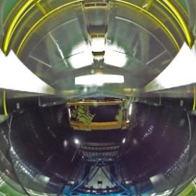 第三鏡階展望デッキ / View Deck at Tertiary Mirror Floor (Date: 2014/2/5. Photo by Dr. Hideaki Fujiwara, Public Information Officer/Scientist.)