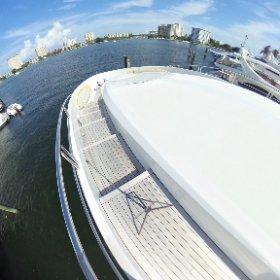 360 view 87' Oceanfast Forward Deck. Lovethatyacht.com #theta360