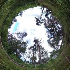 """Мы загородный посёлок """"Изумрудные Горки"""", возможно, вы уже давно думаете о покупке дачи или дома для постоянного проживания 🏡 - мы идеальный вариант! igorki.com #realestate #cottagesale #недвижимость #петербург #russia"""