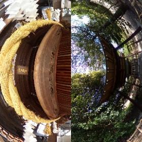 静岡県磐田市にある見附天神と悉平太郎を祀る霊犬神社のそれぞれの180度写真を、一枚の360度にまとめました。 #theta360