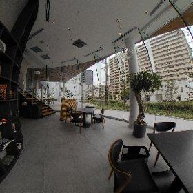 L SIDE CAFE」(エルサイドカフェ)1Fフロア